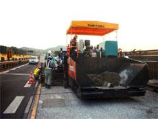名神高速道路舗装改良工事